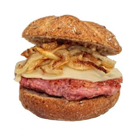 4 minibocadillos o montaditos de minihamburguesa con queso y cebolla